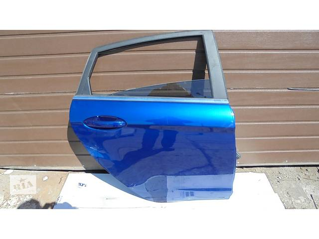 купить бу Б/у дверь задняя для легкового авто Ford Fiesta в Чернигове