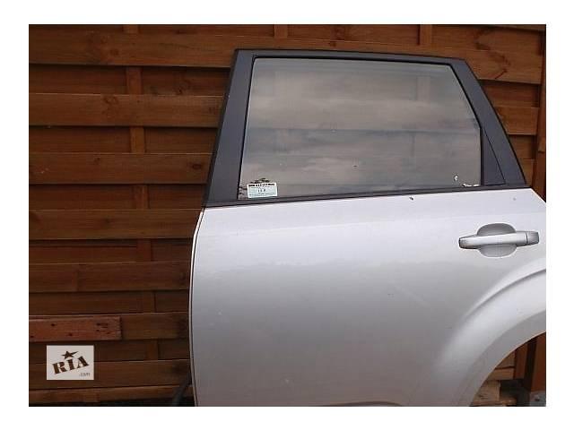 продам Б/у дверь задняя для легкового авто Subaru Forester бу в Ровно