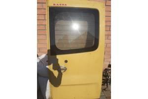 Б/у дверь задняя для Nissan Primastar
