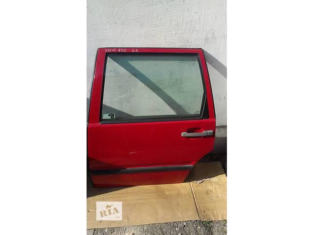 купить бу Б/у дверь задняя для седана Volvo 850 в Ковеле