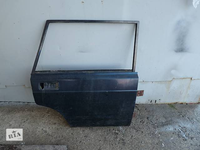 продам Б/у дверь задняя для универсала ВАЗ 2104 бу в Одессе