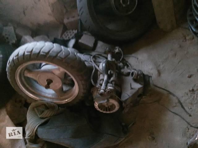 продам Б/у двигатель для мопеда Viper Storm бу в Киеве