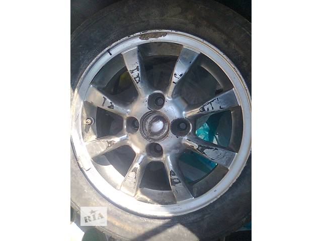 продам Б/у диск для хэтчбека Toyota Corolla бу в Ровно