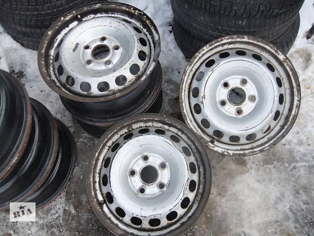 купить бу Б/у диск для легкового авто Volkswagen Passat B5 в Ровно