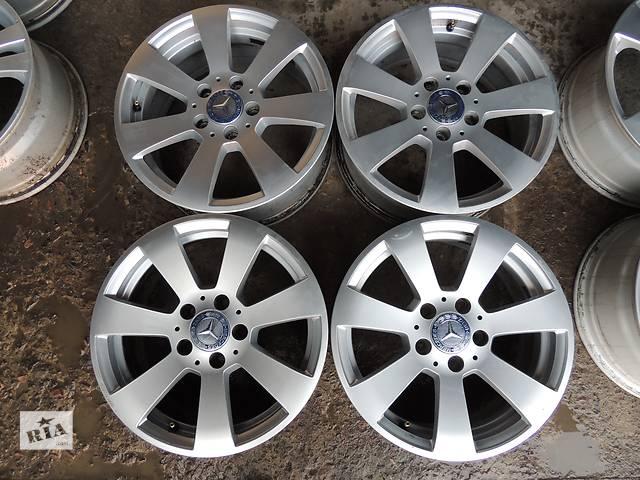 купить бу Б/у диск для  Mercedes R16 5x112 7 et43 W204 E C Audi A4 A6 A8 VW Passat Superb Vito в Львове