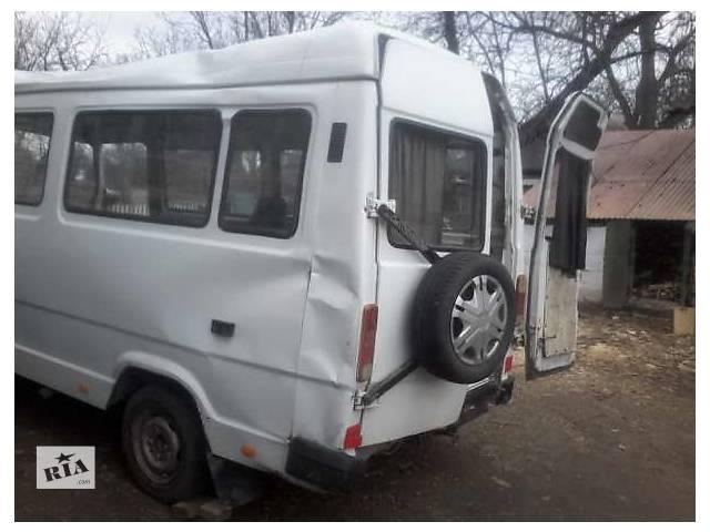 купить бу Б/у диск с шиной для микроавтобуса Mercedes 210 в Баре (Винницкой обл.)