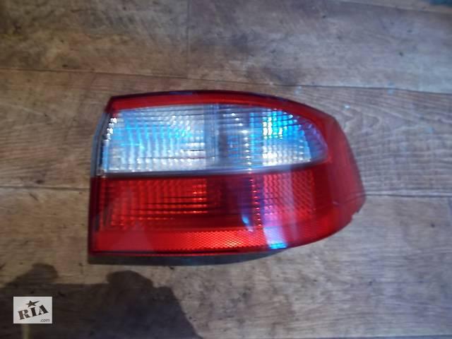 б/у Электрооборудование кузова Фонарь задний Легковой Renault Laguna- объявление о продаже  в Стрые