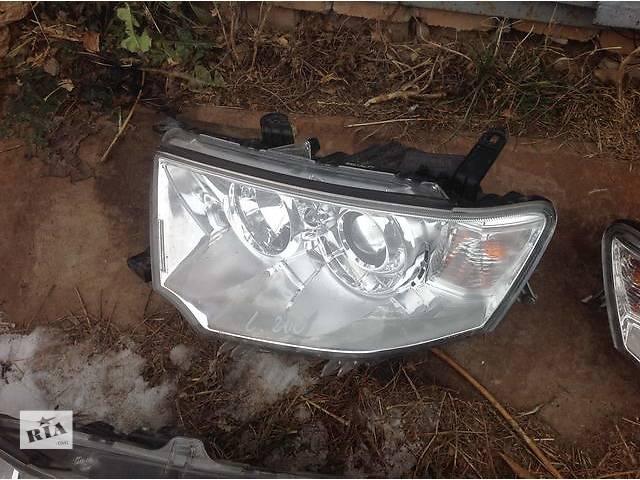 купить бу Б/у фара для легкового авто Mitsubishi L 200 в Ровно