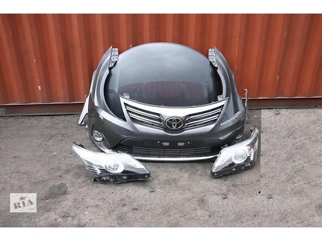 продам Б/у Фара левая, правая  Toyota Avensis 2012-2014 бу в Киеве