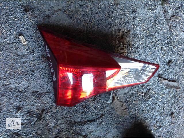 продам Б/у фонарь крышки багажника для легкового авто Toyota Rav 4 бу в Ровно