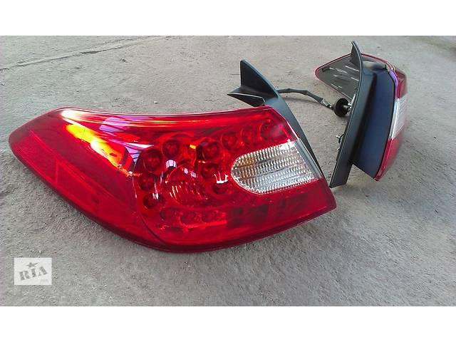бу Б/у фонарь задний для легкового авто Infiniti M30 в Львове