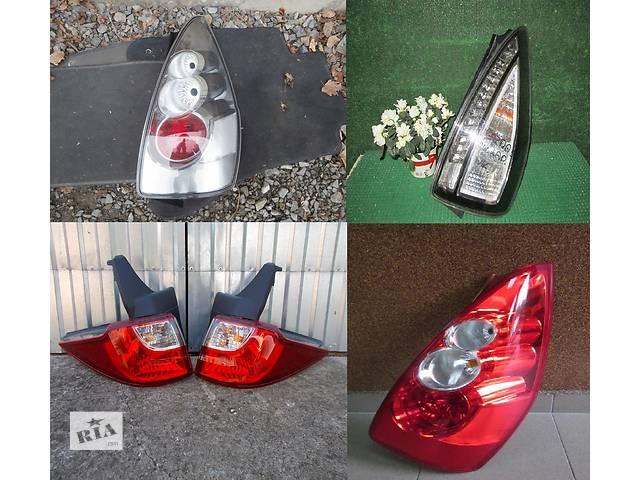 продам Б/у фонарь задний для легкового авто Mazda 5 бу в Львове
