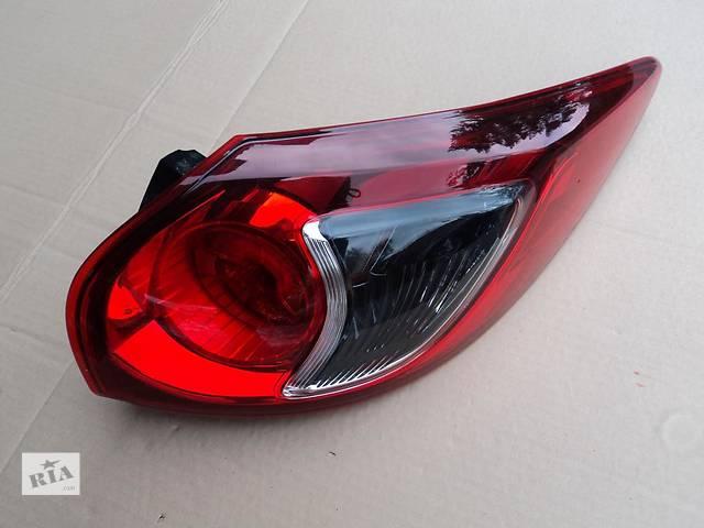 купить бу Б/у фонарь задний для легкового авто Mazda CX-5 в Ровно