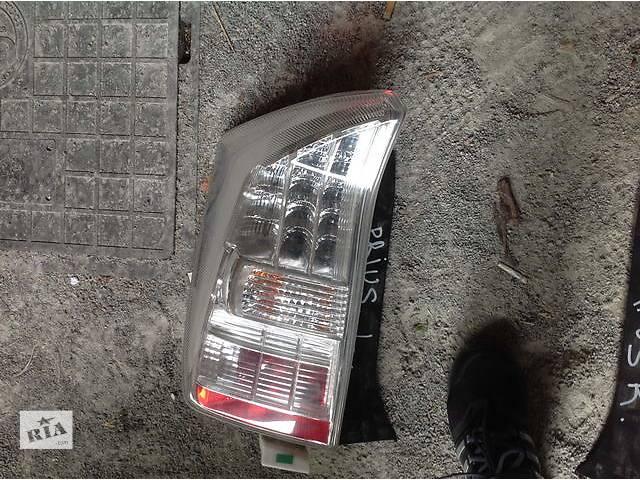 бу Б/у фонарь задний для легкового авто Toyota Prius в Ровно