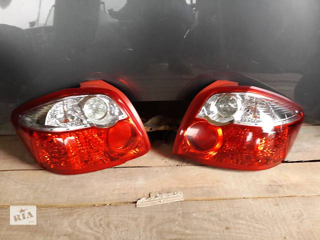 Б/у фонарь задний стоп для легкового авто Toyota Auris 2010 2011 2012- объявление о продаже  в Киеве