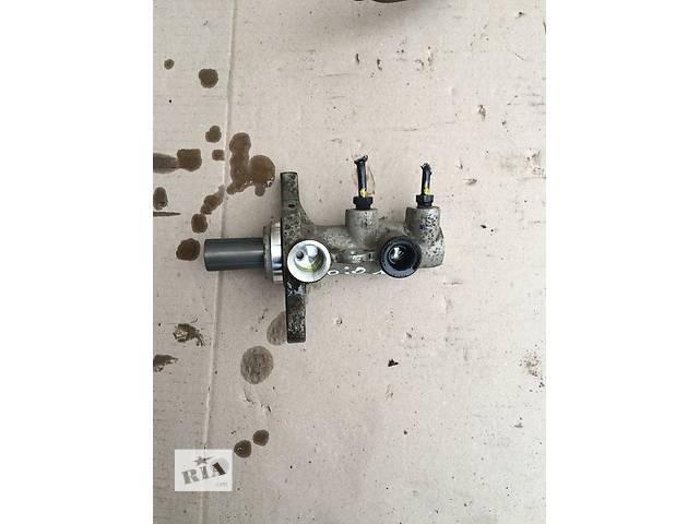 купить бу Б/у главный тормозной цилиндр для седана Kia Rio 2011-2014 р в Хмельницком