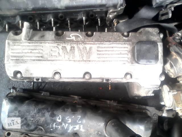 купить бу Б/у головка блока для легкового авто BMW 318 в Луцке