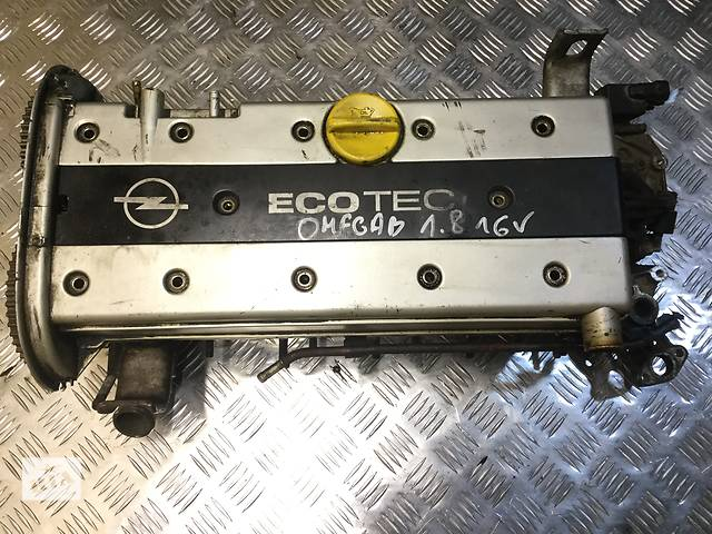 бу Б/у головка блока для легкового авто Opel Vectra B 1.8 16V в Луцке