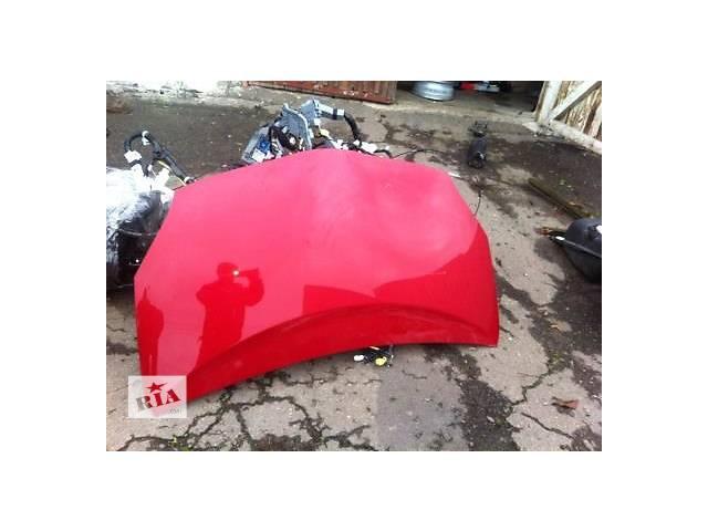 продам Б/у капот для легкового авто Toyota Prius бу в Ровно
