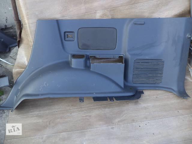 бу Б/у карта багажного отсека нижняя правая 62510-6A170-B0 для кроссовера Lexus GX 470 2002-2009г в Николаеве