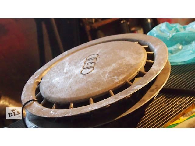 продам Б/у колпак на диск для легкового авто Audi 80 бу в Полтаве