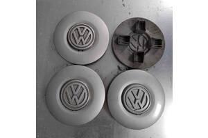 Б/у колпак на диск, оригинал, для Volkswagen Golf III
