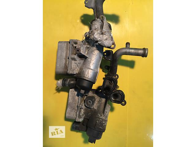 продам Б/у корпус масляного фильтра для легкового авто Opel Vivaro бу в Ковеле