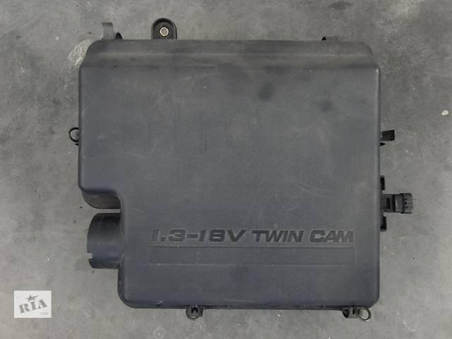 купить бу Б/в корпус повітряного фільтра для легкового авто Dihatsu Sirion 1.3 05-10р. 17700b1010,17700-b1010 в Львове