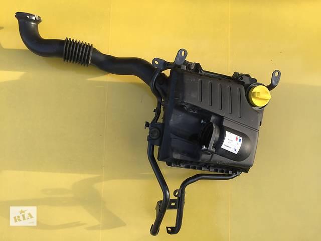 бу Б/у корпус воздушного фильтра для легкового авто Opel Vivaro в Ковеле