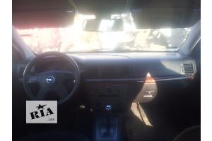 б/у Корпуса воздушного фильтра Opel Vectra C