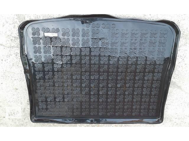 купить бу Б/у ковёр багажника для легкового авто Volkswagen Tiguan в Хмельницком