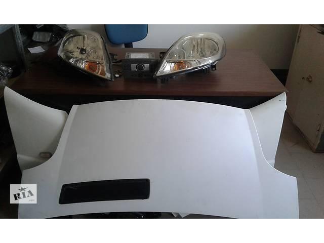 продам Б/у крыло переднее для легкового авто Renault Trafic бу в Львове