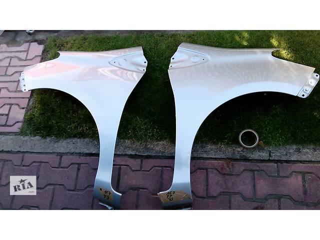 купить бу Б/у крыло переднее для легкового авто Toyota Yaris в Чернигове