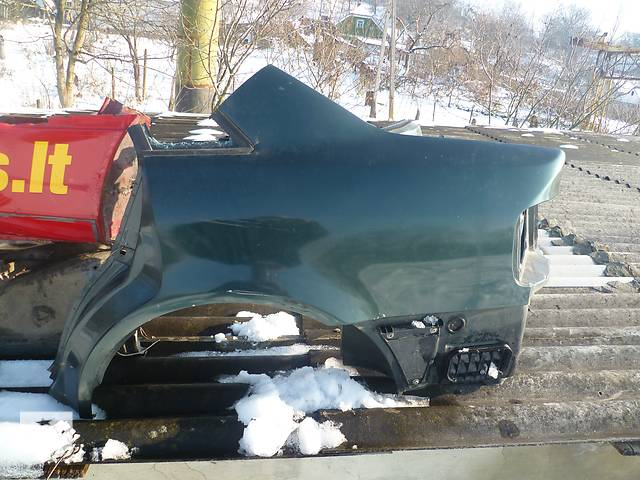 продам Б/у крыло заднее для легкового авто Audi A4 бу в Черновцах