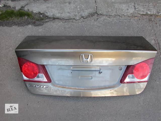 продам Б/у крышка багажника для легкового авто Honda Civic бу в Ровно