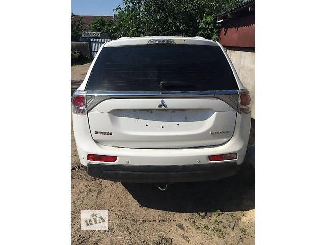 продам Б/у крышка багажника для легкового авто Mitsubishi Outlander бу в Киеве