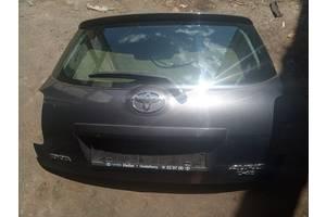 Б/у кришка багажника для Toyota Auris 2007-2012/ 6700502110