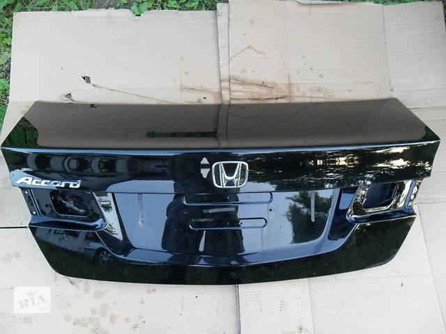 продам Б/у крышка багажника Honda Accord бу в Киеве