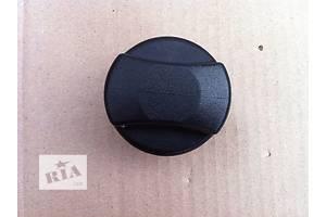 б/в кришки бензобака Opel Zafira