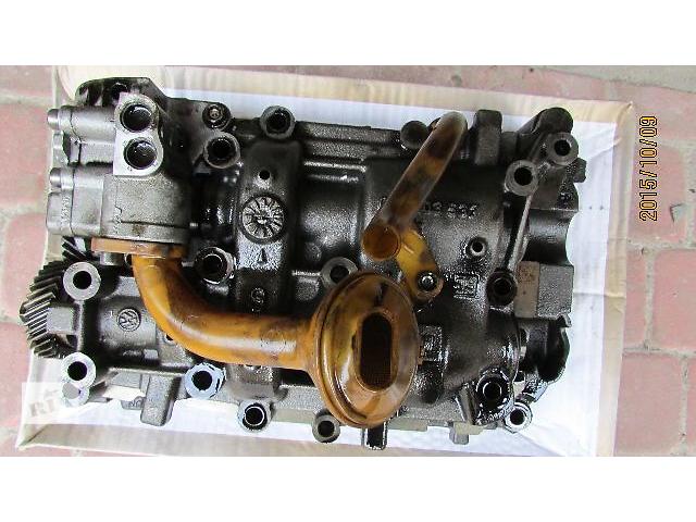 купить бу Б/у масляный насос 03L103537 для легкового авто Volkswagen  2010 в Хусте