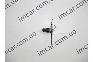 Б/У Mercedes Датчик давления тормозной жидкости A0035420518