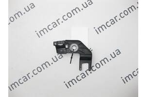 Б/У Mercedes Пластиковый держатель заднего левого тормозного  шланга ML W164 GL X164 A2514230123