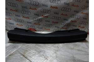 Б/У Накладка багажника AUDI A6 4G5863471С