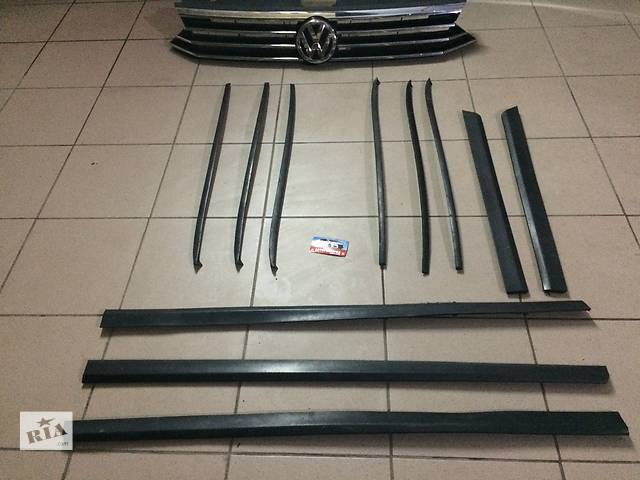бу Б/у накладка двери (листва) для легкового авто Volkswagen Passat B6 седан универсал в Костополе
