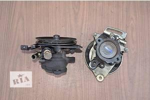б/у Насосы гидроусилителя руля Toyota Corolla