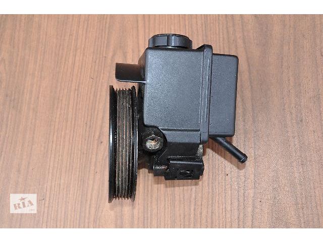 купить бу Б/у насос гідропідсилювача керма для легкового авто Volvo S70 2.0-2.3-2.4-2.5 (3546907) в Луцьку