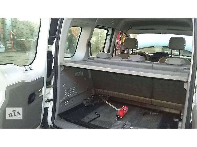 купить бу Б/у Обшивка салона, карты дверей Renault Kangoo Кенго 1,5 DCI К9К B802, N764 2008-2012 в Луцке