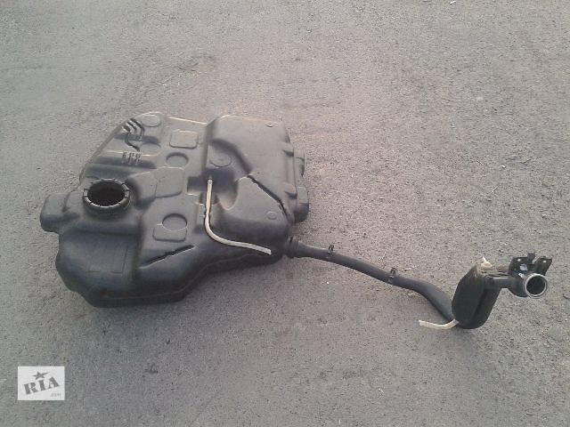 купить бу Б/у паливний бак для минівена Volkswagen Caddy в Ровно