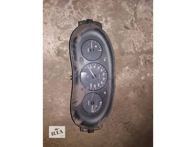 продам Б/у панель приборов/спидометр/тахограф/топограф для легкового авто Renault Kangoo бу в Ковеле