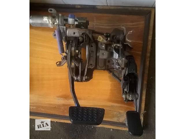 бу Б/у педаль газа 78010-33010 и тормоза 78030-33031 для седана Lexus ES 330 2003,2004,2005,2006 в Николаеве
